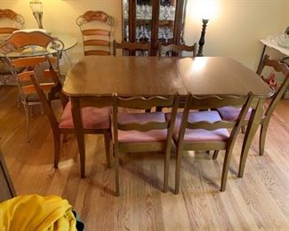 #7	table 	French Provencal dining table with 1 leaf and 6 chairs 51-61x35x30	 $180.00