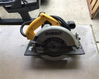 DeWalt Circular  Saw with case