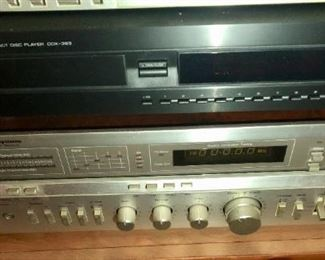 $300 - Modular Component Systems Receiver & Yamaha CD Player; Tested Sounds Great!