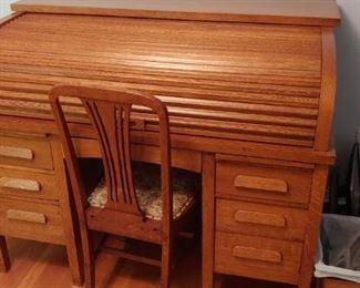 Roll Top Oak Desk $700