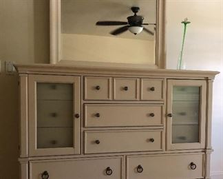 Dresser w Mirror and Tons of Storage