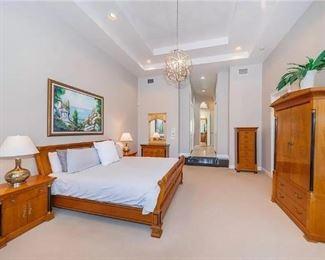 "Thomasville ""Biedermeier"" Style King Bedroom Set"