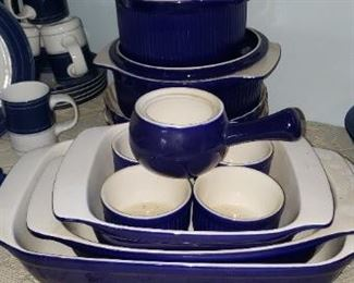 2 Roshco Cobalt Blue White Casserole 3, 2 Qt. Round Covered Baking Dish Bakeware $30.00  2 Roshco Cobalt Blue White Casserole 3, 2 Qt. Round Covered Baking Dish Bakeware $30.00  For Appointment Please Call (760)662-7662  or Email tanya@crowncityestatesalebytanya.com