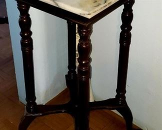 small table $20.00 For Appointment Please Call (760)662-7662  or Email tanya@crowncityestatesalebytanya.com