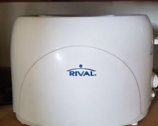 Rival Toaster $10.00 For Appointment Please Call (760)662-7662  or Email tanya@crowncityestatesalebytanya.com