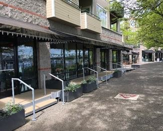 the store is right on the RiverPlace esplanade