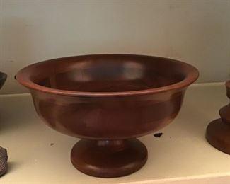 Vintage stand bowl