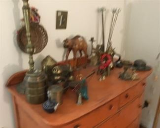 Miscellaneous collectibles on Chest