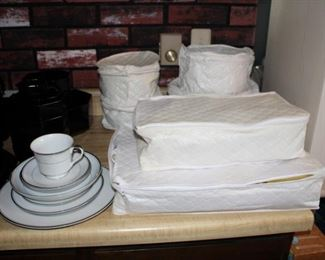 China set-service for 12