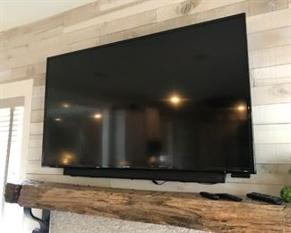 Samsung TV with Sound Bar Speakers