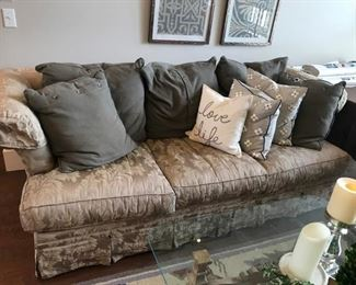 Lane Skirted Sofa in a Jacquard printed - Includes pillows