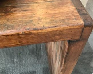 Solid wood, Sofa table in Tuscan Chestnut