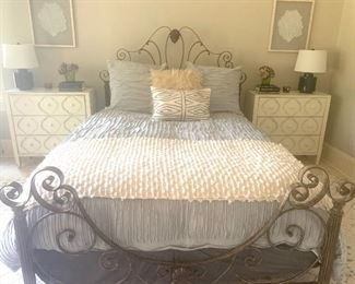 Queen size bed, mattress/boxspring, and linens, matching nightstands/lamps/artwork