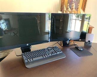 Monitors & keyboard