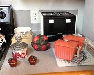 Toaster (four slice), apple decor, vintage  creamer and sugar set