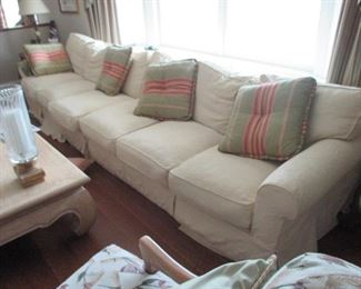 Hildreth Sofa