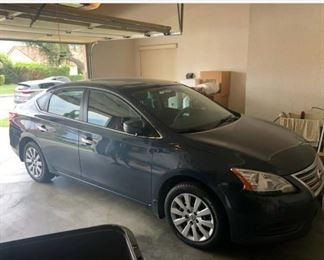 2013 Nissan Sentra, Mint , ONLY 30,000 miles !!!!    $7,000