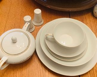 Golden Fantasy, 44 pc China
