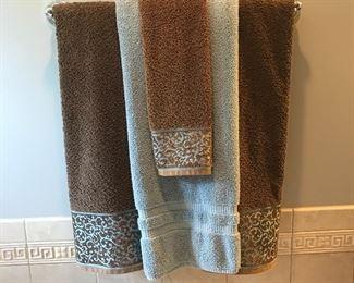 Decorative towels