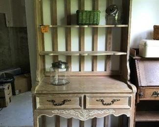 Beautiful wooden baker's rack
