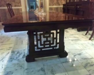 """Henredon dining table 42""""W x 29 1/2""""H x 64""""L without leaves & 88""""L total with leaves"""