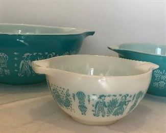 Lot #3 Super shiny Pyrex Amish Butterprint turquoise set of 3 mixing bowls $60