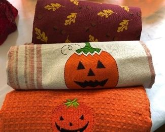 KITCHEN TOWELS FOR HALLOWEEN