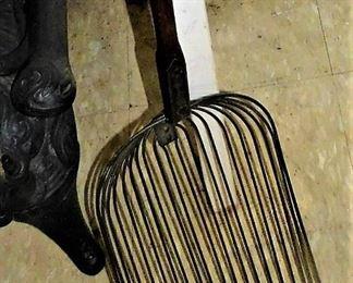 antique corn cob shovel