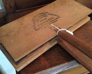 Old Whittemore Patent cotton carding comb