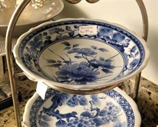 Plate/ bowl holder