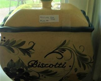Biscotti canister