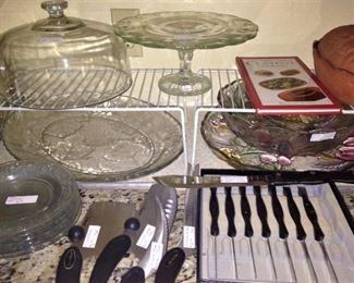 Knife set; cake plate & cover