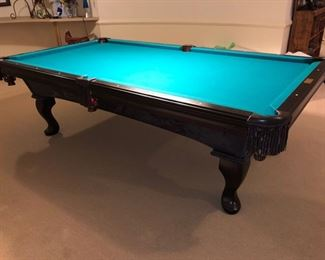 Olhausen pool table - $750