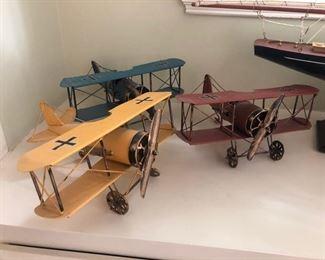 Metal airplanes