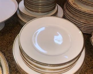 Bavaia china plates