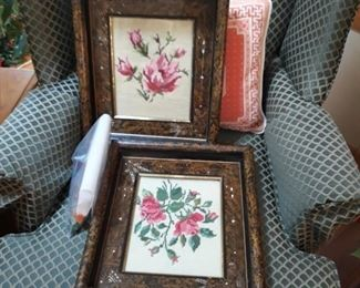 Beautiful  vintage , turn of the century , hand crafted frames.  In beautiful  condition.