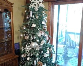 Christmas Tree with Ornaments and light