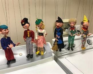 Pelham 6 vintage marionettes-