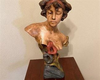 Sculptured art piece