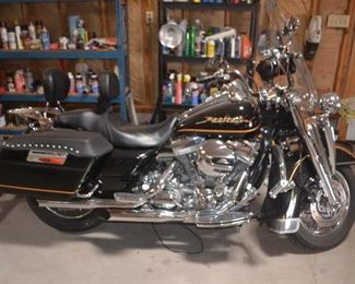 HARLEY DAVIDSON 2002 FLHT 1450 ELECTRA GLIDE 33,770 miles VIN:  1HD1DDV172Y652926      CONTACT US TO PURCHASE.    $5500