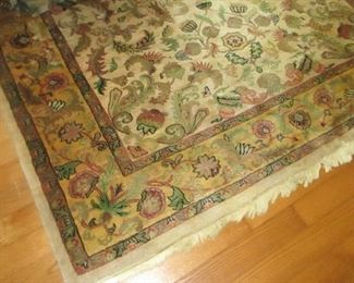 "master sitting room rug 5'11"" x 8'9"""