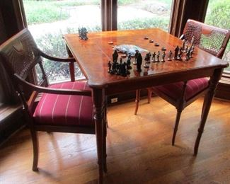 game table and chairs Hekman