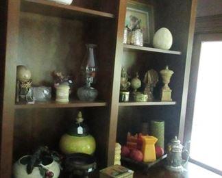 more decorative items