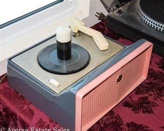 Vintage 45s Turntable