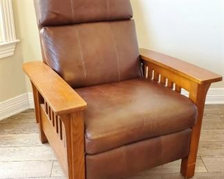 Awesome LANE leather recliner (mission style)
