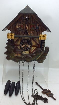 ANTIQUE BLACK FOREST W. GERMAN CUCKOO CLOCK