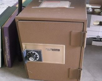 Nice size safe with combination
