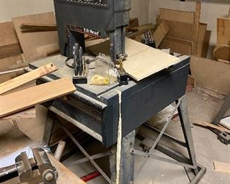 """Craftsman 12"""" two speed band saw portable vice, lots of scrap wood"""