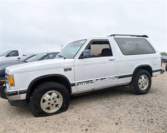 1989 Chevy S10 Blazer- Vin 1GNCT18Z4K8123504
