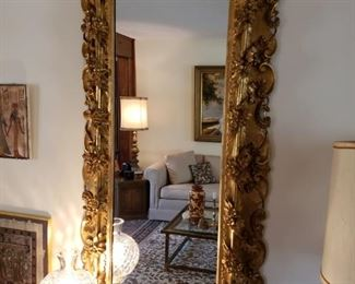STUNNING HAND CARVED FLORENTINE GUILDED MIRROR